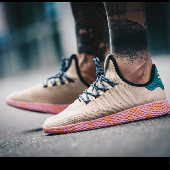 Le Adidas Pharrell Williams Hu Scarpa By2672 Poshmark